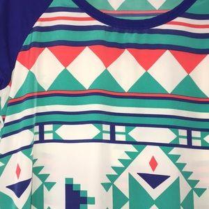 mm Tops - 🌸MM Aztec print tunic🌸